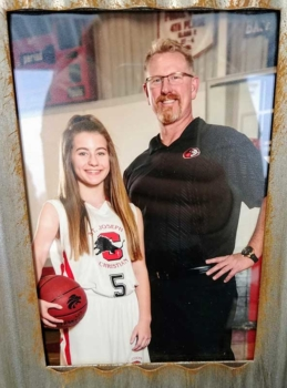Todd Yarnell and his daughter