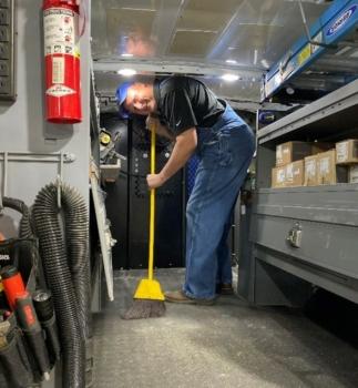 KB Way Part 1: Van Cleaning Party